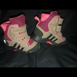 Adidas toddler snow/hiking boots